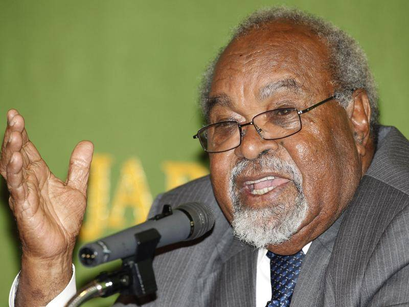 Public mourning for former PNG PM Michael Somare has raised concerns over the spread of coronavirus.